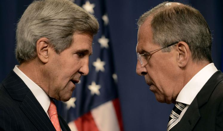 صورة كيري يلتقي لافروف في محاولة لدفع عجلة المفاوضات