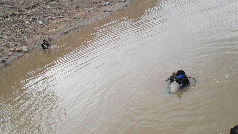 صورة فرقة سينوتقنية للبحث عن طفل جرفته سيول الأمطار بسوق أهراس