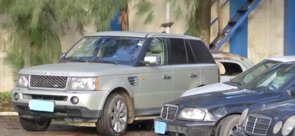صورة الاطاحة بشبكة دولية لتهريب السيارات بمستغانم