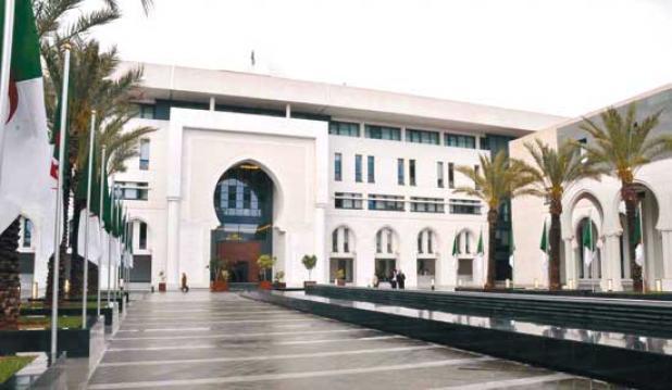 """صورة الجزائر ترد على اتهامات منظمات غير حكومية حول """"الحراڤة"""" الأفارقة"""