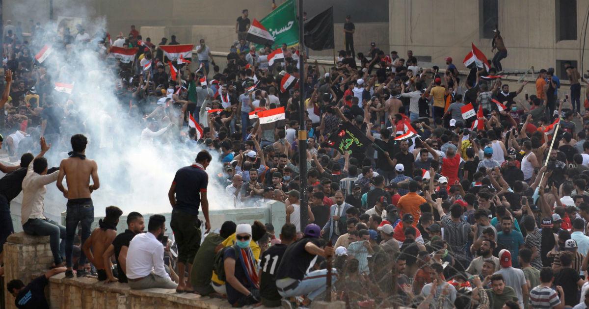 صورة عشرات الجرحى والقتلى حصيلة الاحتجاجات المتواصلة في العراق