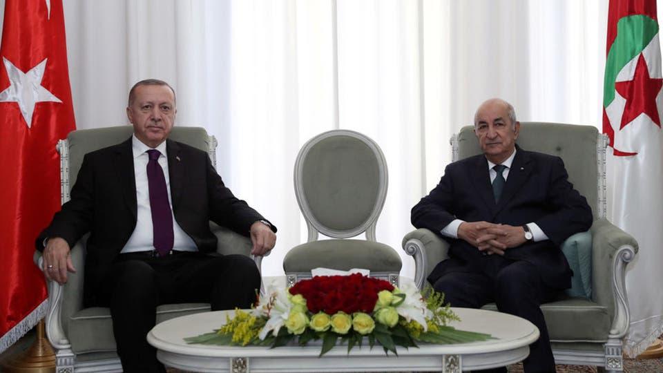 صورة الرئيس تبون يتلقى مكالمة هاتفية من نظيره التركي رجب طيب أردوغان