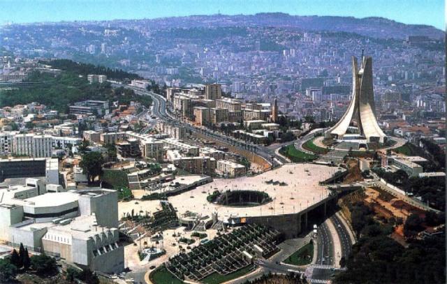 صورة الجزائر بين الأمل والصبر الجميل ؟!