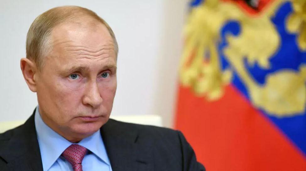 صورة روسيا تعلن تسجيل لقاح ثان للوقاية من كوفيد-19 بحلول منتصف تشرين الأول 2020