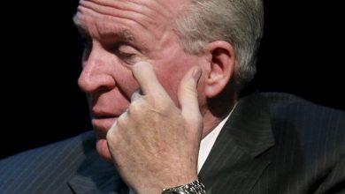 Photo de L'ex-patron de la CIA entrevoit «paix et sécurité» en cas de présidences de Biden… et Navalny