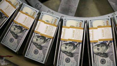 """صورة 892 مليار دولار.. """"قبلة الحياة"""" للاقتصاد الأميركي"""
