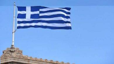 صورة رئيس وزراء اليونان يطالب بالتحقيق في اغتيال صحفي قتل بـ17 رصاصة (صور)
