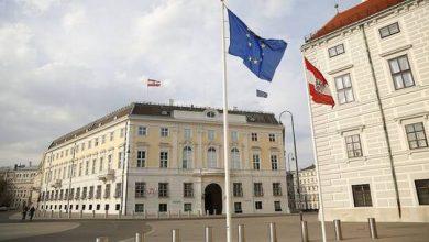 """صورة السفير الروسي في النمسا: هناك ألاعيب قذرة حول """"سبوتنيك V"""""""