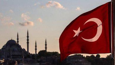 """صورة """"مطلوب دولي"""".. يحيى موسى وقرار إغلاق قنوات الإخوان في تركيا"""