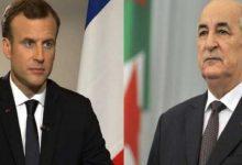 صورة رئيس الجمهورية السيد عبد المجيد تبون يتلقى مكالمة هاتفية من رئيس الجمهورية الفرنسية السيد إيمانويل ماكرون