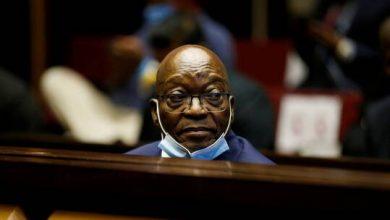 صورة الحكم على جاكوب زوما بالسجن 15 شهرا بعد إدانته بتهمة تحقير القضاء