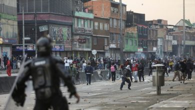 صورة الرئيس الكولومبي يعلن عن إصلاح جهاز الشرطة لاحتواء غضب الشارع