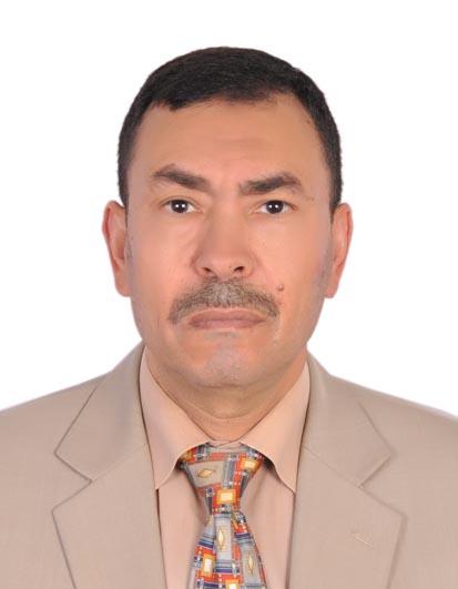 صورة الكاتب الصحفي خالد عمر بن ققه