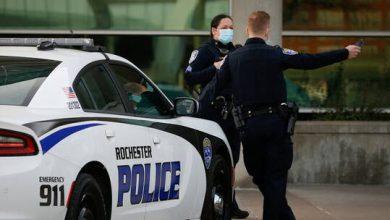 صورة الشرطة الأمريكية تعتقل امرأة تتجول لأشهر مع جثتي طفلي شقيقتها في صندوق سيارتها