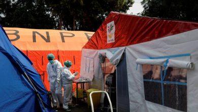 صورة إندونيسيا تدرس تخفيف قيود مكافحة كورونا ومنظمة الصحة العالمية تحث على تشديدها