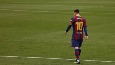 صورة نجوم برشلونة يرفضون مقترح إدارتهم التوقيع مع ميسي