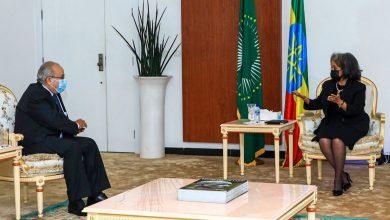 صورة رئيسة جمهورية إثيوبيا السيدة ساهلي وورك زودي تستقبل وزير الخارجية والجالية الوطنية بالخارج السيد رمطان لعمامرة
