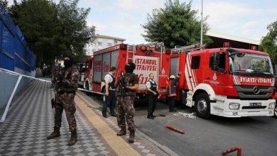 صورة الكويت تهدي تركيا 6 سيارات إطفاء بمعداتها