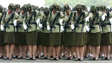 """صورة الجيش الإندونيسي يلغي """"اختبار العذرية"""" للمجندات"""