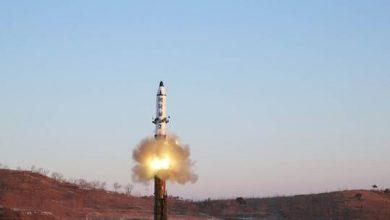 صورة كوريا الشمالية تطلق قذيفة باتجاه بحر اليابان
