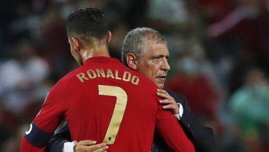 """صورة رونالدو يتسلم جائزة هداف """"يورو 2020"""" قبل كسر الرقم العالمي"""