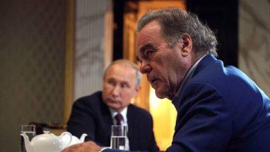 صورة أوليفر ستون: بوتين لم يسمح بجعل روسيا بلدا تابعا لأمريكا