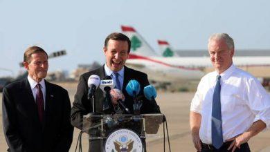 """صورة سيناتور أمريكي: لبنان في حالة """"سقوط حر"""" ويجب ألا يتحول إلى """"قصة مرعبة"""""""