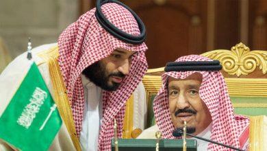 صورة العاهل السعودي وولي عهده يهنئان الرئيس التونسي